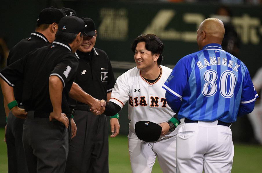 CSでの死闘は希望なのか絶望なのか?高橋・巨人に奇跡を願った、この1年。<Number Web> photograph by Naoya Sanuki