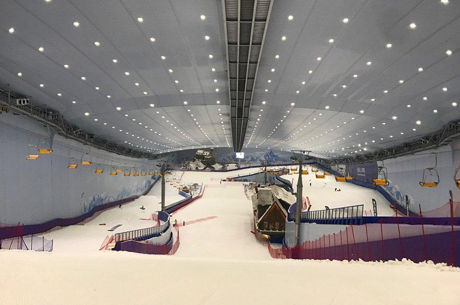 1年じゅうスキーができる国を作る。皆川賢太郎が考える屋内施設の価値。