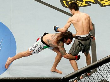 日沖発は関節技が上手すぎて負けた!?日本式MMAがUFCで勝てない理由。<Number Web> photograph by Getty Images