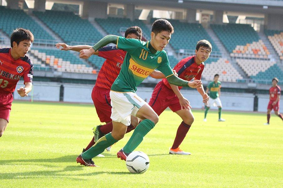 「こんなドリブルをする選手が」鹿島スカウトも驚く18歳の技と視野。