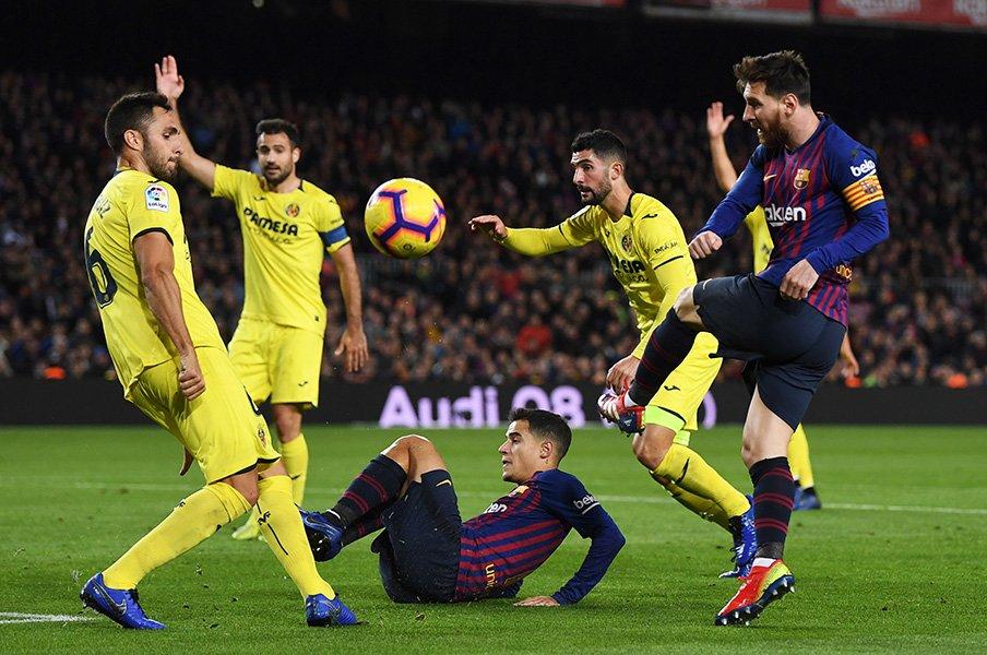 バルサは首位だがバランスが悪い。クラブ史に残る失点数の原因とは。<Number Web> photograph by Uniphoto press