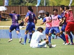 酷暑の中の高校総体サッカー決勝。山梨学院vs.桐光学園で何があった!?
