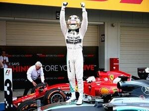 """日本GPでハミルトンとアロンソに明暗。セナと並ぶ勝利数と""""GP2""""の屈辱。"""