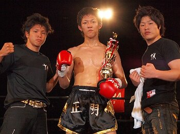 高校生コンビがプロのリングで見せた、圧巻のKO劇と底なしのポテンシャル。<Number Web> photograph by Norihiro Hashimoto