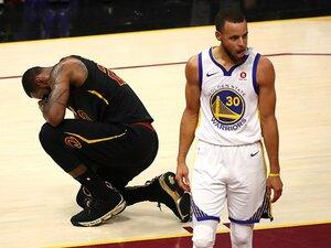 NBAファイナルはアッサリと終了。異次元だったKD、レブロンの握手。