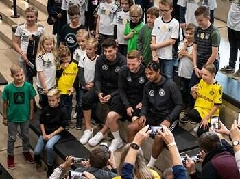 """ブラジルW杯組が""""消えた""""ドイツでニャブリ、サネは新時代を築けるか。<Number Web> photograph by Getty Images"""
