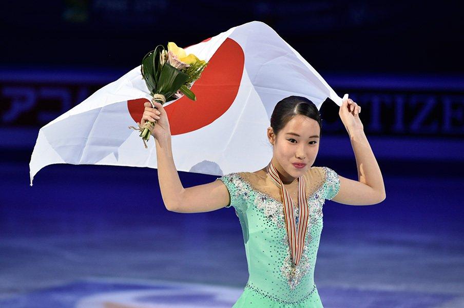 平昌五輪会場で『君が代』を流した17歳。新四大陸女王・三原舞依、強さの秘密。<Number Web> photograph by Asami Enomoto