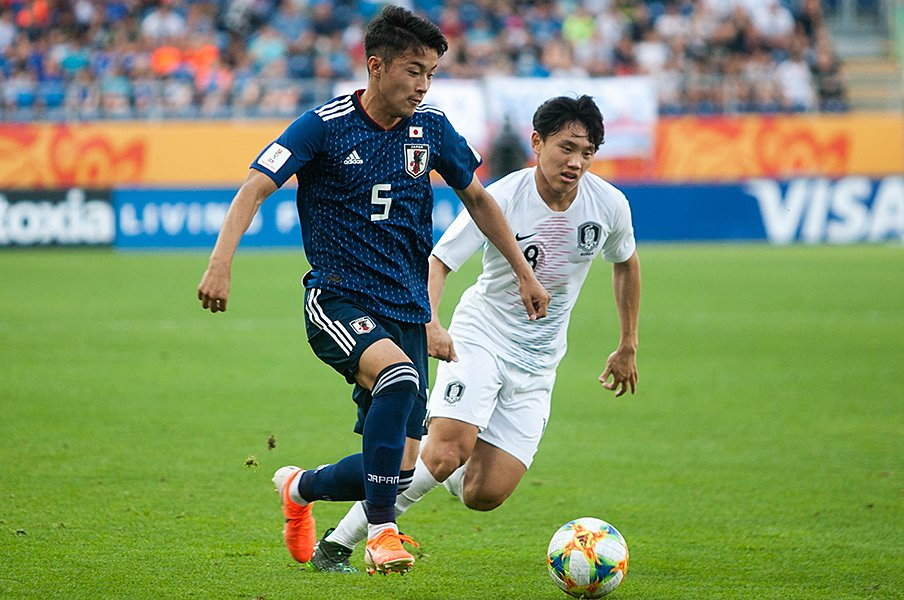 U-20W杯、韓国に敗れた1つのミス。菅原由勢「一生頭から離れない」<Number Web> photograph by Getty Images