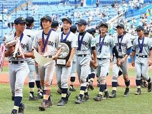 小山台高校野球班に受け継がれる志。大事な試合に現れる「赤とんぼ」。