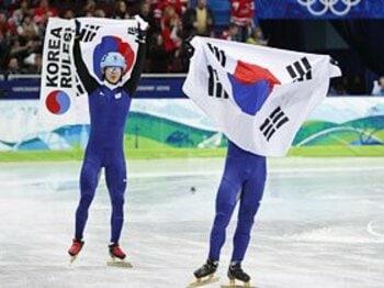 メダルは少ないけど入賞が多い!? 日本と韓国のスポーツ政策の違い。<Number Web> photograph by AFLO