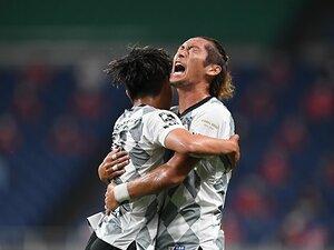 神戸、大胆な10人替えで浦和に勝利。山口蛍「大きな刺激を得られる試合」