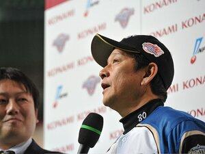 9回、武田久登板に込められた意図。総力戦制した日ハム・栗山采配の妙。