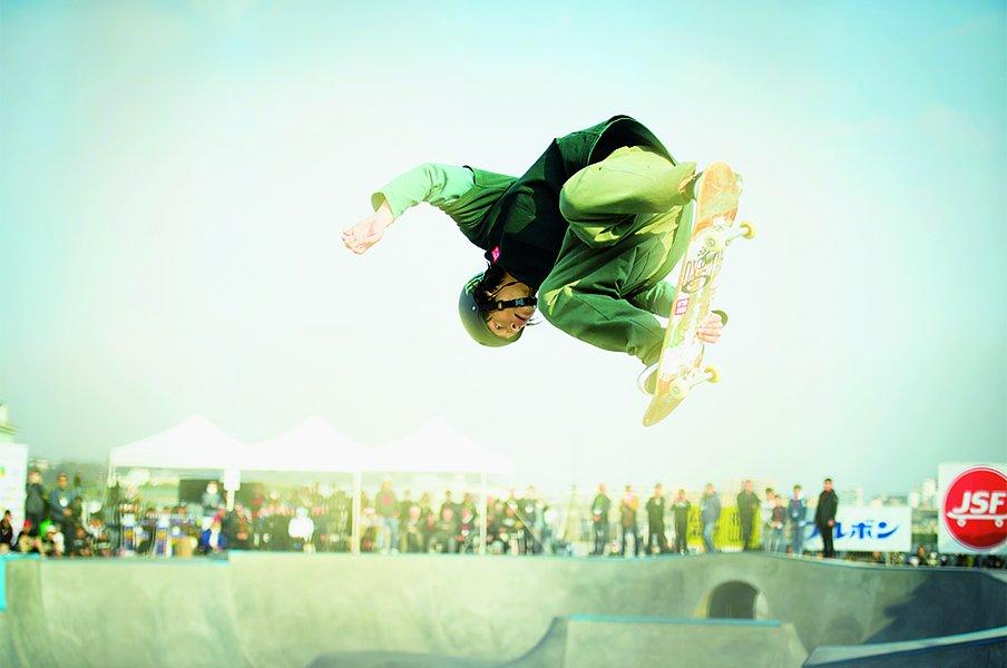 夏・冬の二刀流、本格始動。平野歩夢が見せた笑顔の滑り。~横乗りの申し子が貫く美学~<Number Web> photograph by Asami Enomoto