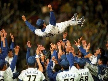 '98年の熱狂を忘れぬ横浜ファンよ、4・3ハマスタ開幕戦に集結せよ!<Number Web> photograph by Naoya Sanuki