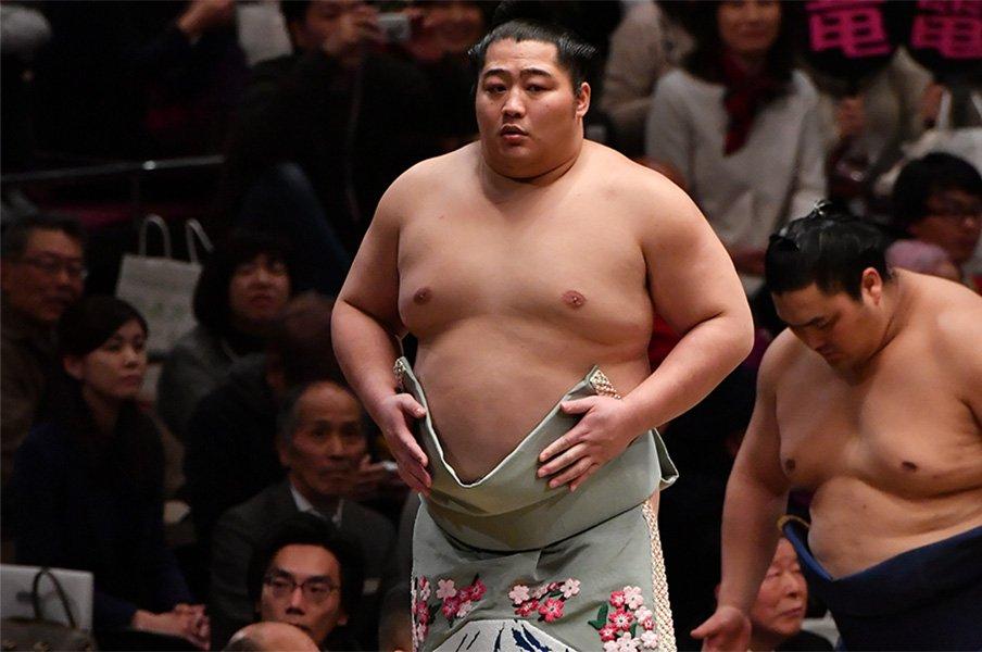 遠藤のブレイクを予想する根拠。大相撲の「上位定着から3~5年」説。<Number Web> photograph by Takeshi Honda/JMPA