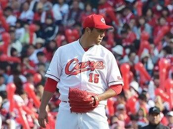 黒田博樹の年俸が、なぜ5分の1か。改めて日米の野球市場を考える。<Number Web> photograph by Hideki Sugiyama