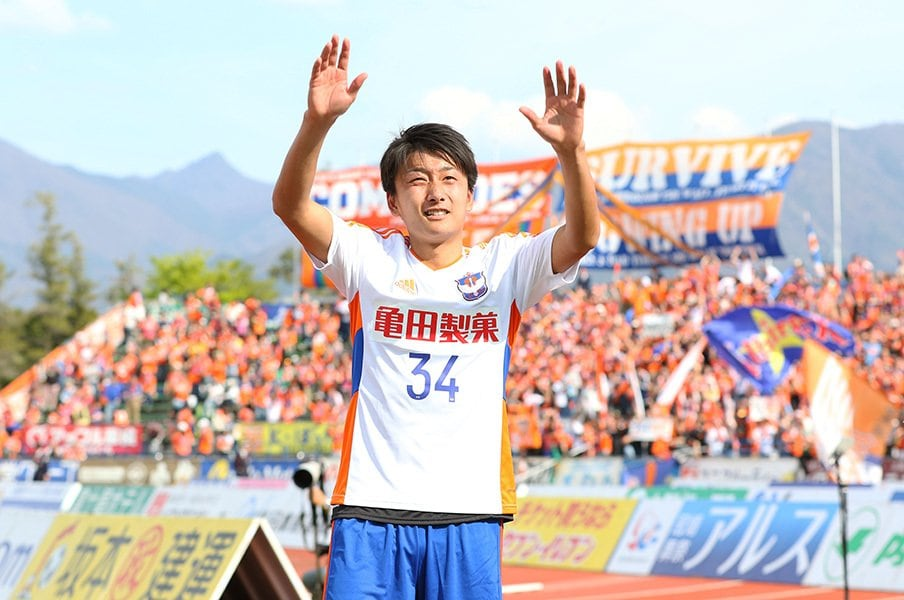 J1即スタメン、原輝綺18歳の苦悩。強すぎる使命感をU-20で忘れろ!<Number Web> photograph by J.LEAGUE PHOTOS