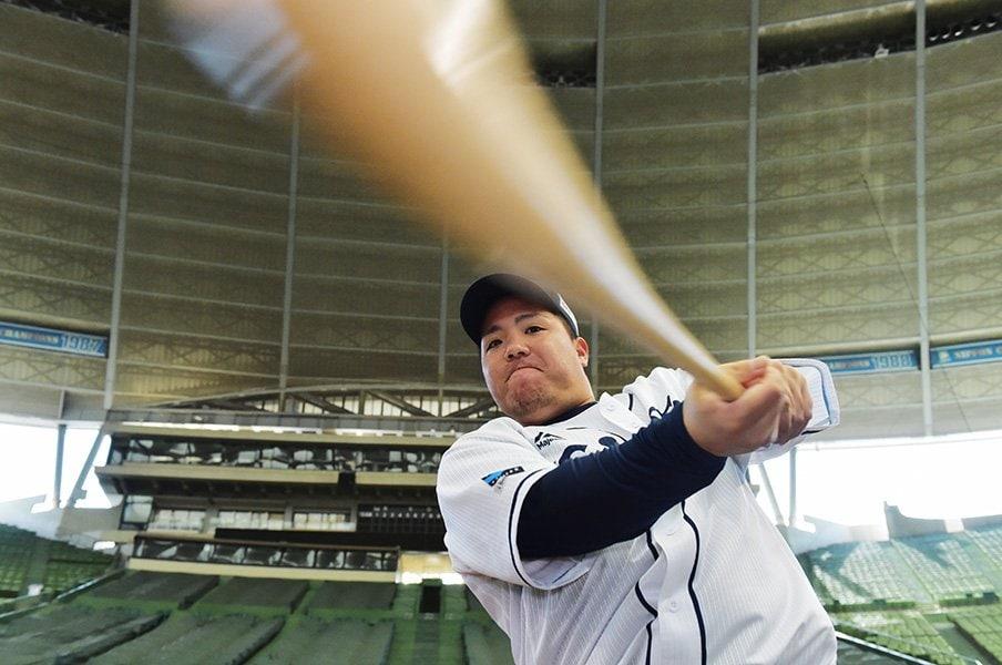山川穂高が人生をかけて手に入れたもの。フルスイングに隠された繊細さと覚悟。<Number Web> photograph by Hideki Sugiyama