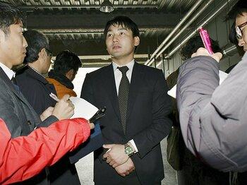 丸佳浩とカープ、必然の別れ。FAは忠誠心の踏み絵ではない。<Number Web> photograph by Kyodo News