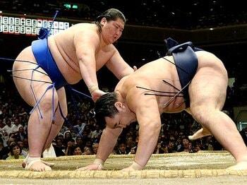 21歳にしてモンゴルの王の風格か。種も仕掛けもある、逸ノ城の躍進。<Number Web> photograph by Kyodo News