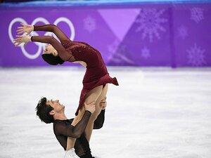 歴史的激戦制したバーチュー&モイア。アイスダンスは世界記録の金メダル!