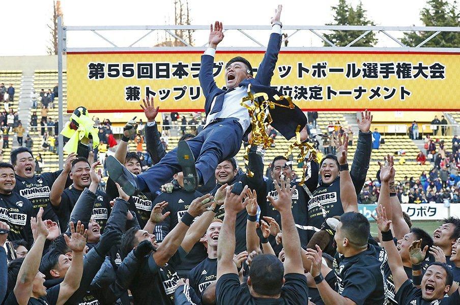 サントリーに今も流れるエディー流。データ、ハードワーク、知的な体力。<Number Web> photograph by Kyodo News