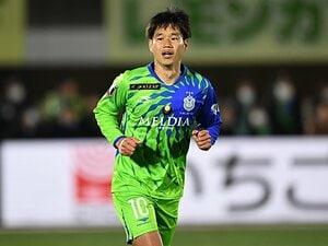 山田直輝、湘南へ完全移籍した本心。10番の自覚と、浦和の18番への謝罪。