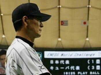監督不在という異常事態はなぜ起こったか。<Number Web> photograph by Hideki Sugiyama