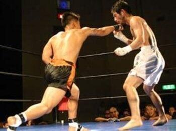 ついに東京上陸!最もキケンな格闘技。<Number Web> photograph by Koji Fuse