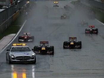 ハプニング続出でもレースは成立!?F1韓国GPが水を差したタイトル争い。<Number Web> photograph by Hiroshi Kaneko