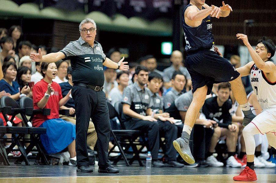 男子バスケ代表は五輪に出られるか。ラマスHC「選手を限界に追い込む」。<Number Web> photograph by Tetsuo Kashiwada
