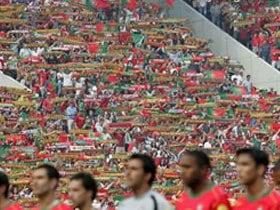 EURO2004開幕戦 ポルトガル vs ギリシャ ポルトガル、プレッシャーに負ける
