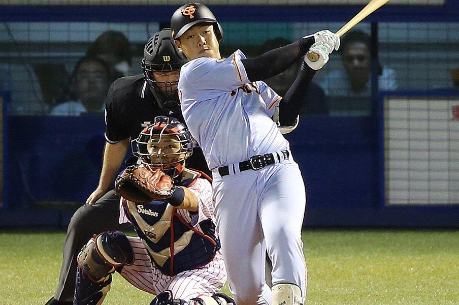 「野球岡本無料写真」の画像検索結果