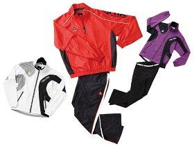 温かさと動きやすさを優先した、2010秋冬の最新ゴルフファッション。~ジョギングやウォーキングにも~