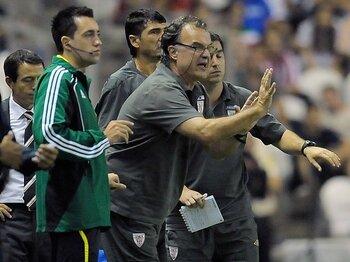 今季のリーガで一番話題のチーム!?変人ビエルサ率いるビルバオの革命。<Number Web> photograph by AP/AFLO