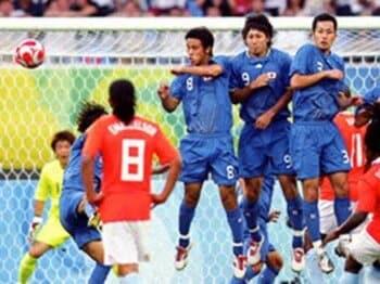 男子サッカー 反町ジャパンの内実。安田理大と内田篤人の視点<Number Web> photograph by JMPA