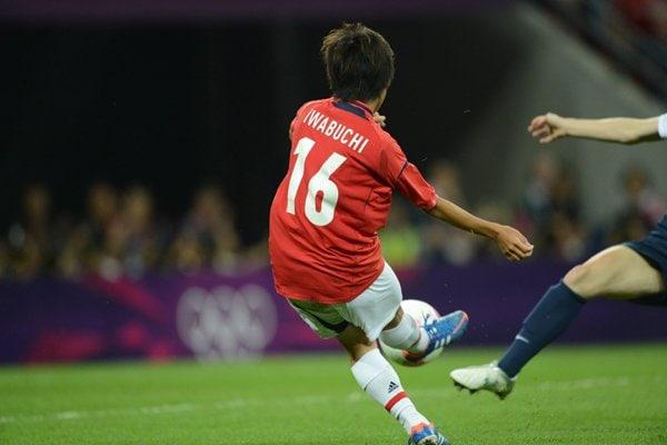岩渕の決定機は、相手GKに阻まれる。~ロンドン五輪2012~