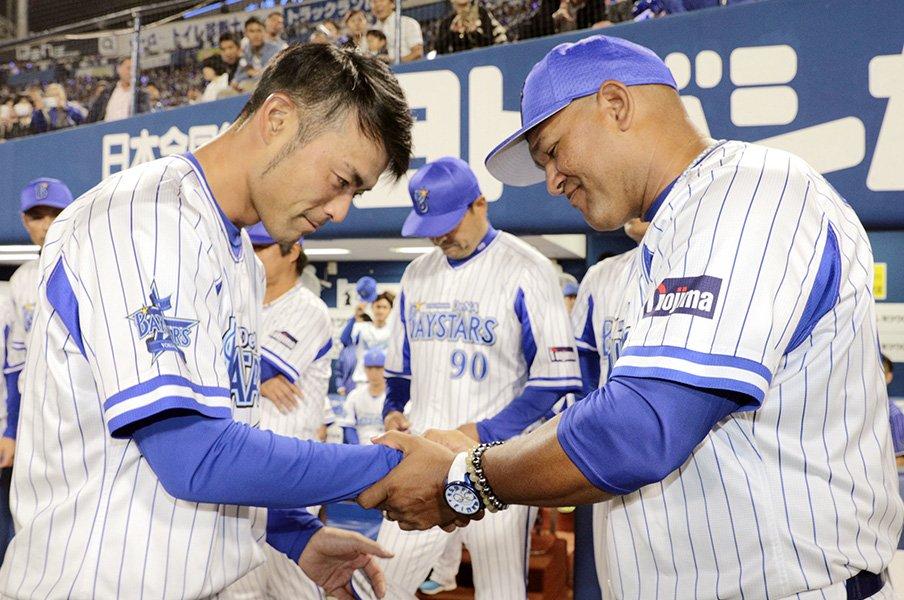 引退試合を公式戦に組み込むことに違和感を持つのはおかしいこと?<Number Web> photograph by Kyodo News