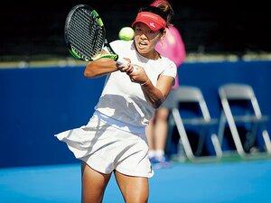 """6年で燃え尽きた""""最年少プロ""""。 再起の西村佳奈美が目指す先。 ~テニスに戻ってきた23歳のママ~"""