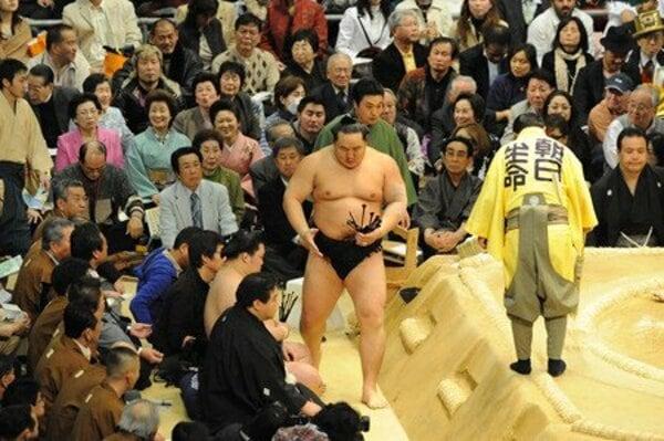 大相撲 3月場所 初日