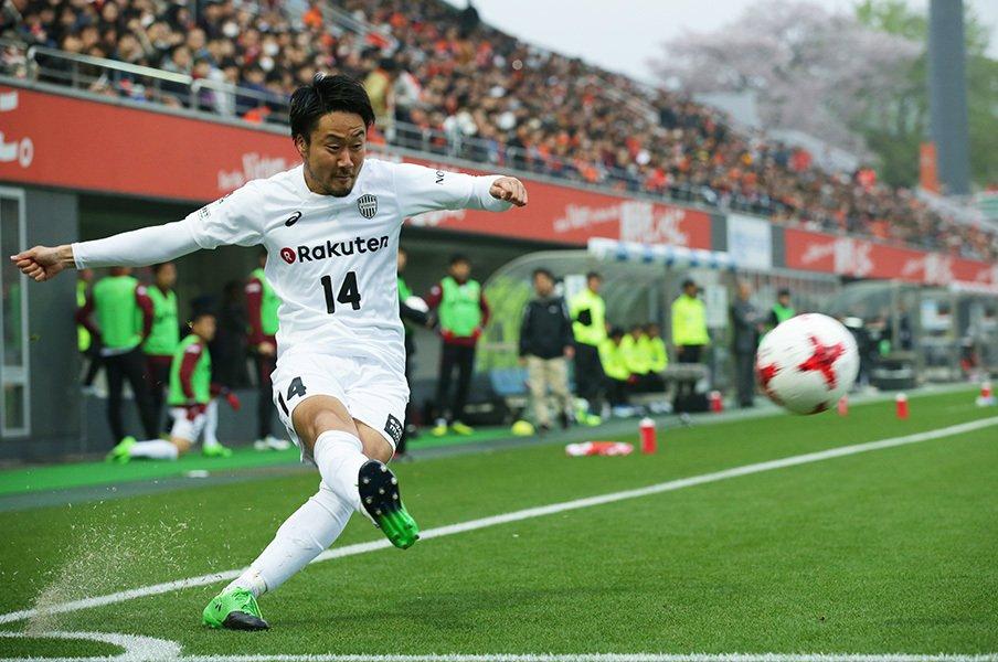 首位を走る神戸の勝因は、守備!レアンドロ復帰までに攻撃は整うか。<Number Web> photograph by J.LEAGUE PHOTOS