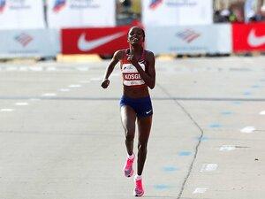 世界記録と日本記録。~マラソン、世界との差は?~