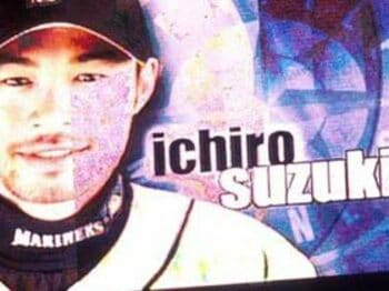 Fans, behind Ichiro. ファンはイチローの味方である。<Number Web> photograph by Naoya Sanuki