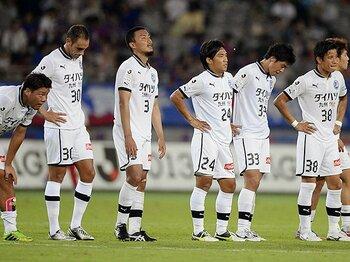 大分トリニータが書いた完璧な設計図。サッカーに「弱者の兵法」はあるのか。<Number Web> photograph by KYODO