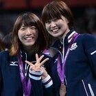 江畑幸子と木村沙織、表彰式でVサイン。~ロンドン五輪2012~