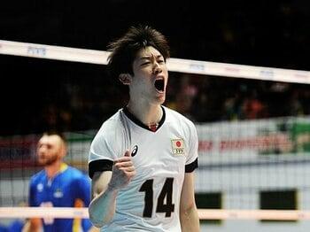 アジア1位は東京五輪へのスタート。石川祐希のサーブは進化の象徴だ。<Number Web> photograph by Getty Images