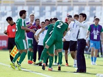 トルシエ、トルクメニスタン戦を語る「日本の勝利というより相手の負け試合」<Number Web> photograph by AP/AFLO