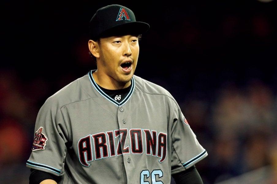 34歳のルーキー、平野佳寿は日本人新記録にも浮かれない。~74試合登板、来季はクローザー?~<Number Web> photograph by Yukihito Taguchi
