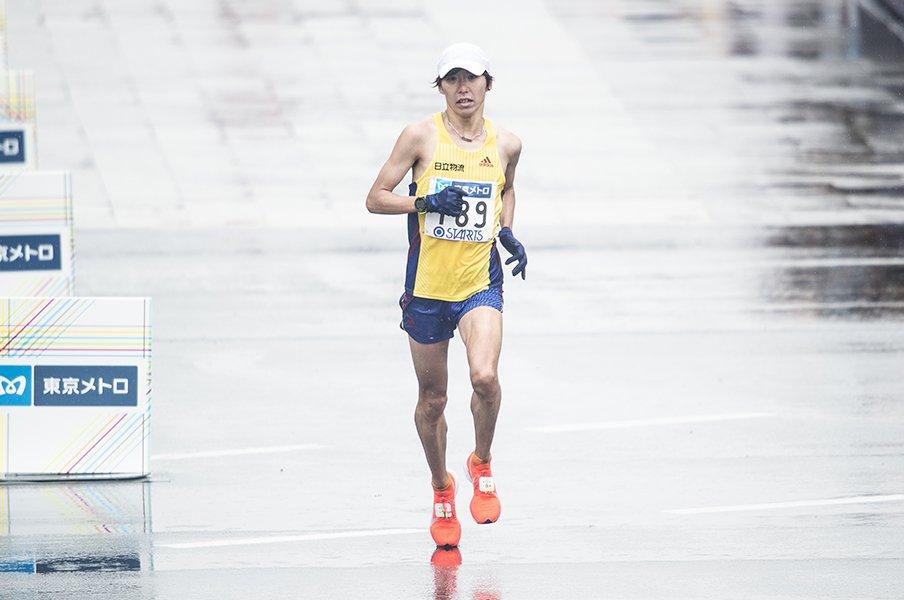 マラソンでは双子の弟の陰だが……。設楽啓太の目標は「日本記録更新」。<Number Web> photograph by Yuki Suenaga