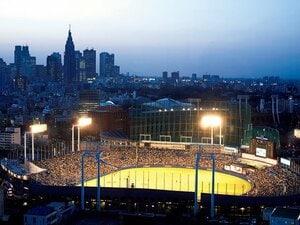 古い伝統あるスタジアムはそれ自体が財産である。~神宮&秩父宮の再開発に思うこと~
